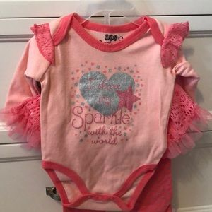 0-3 month onesie with matching pants. NWT.